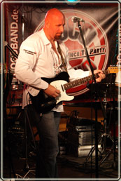 Nigel Anderson - Duke Amps